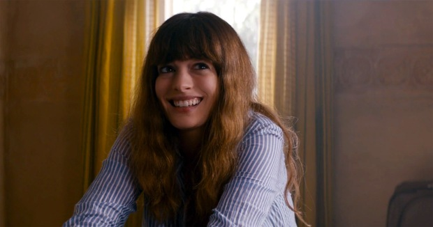 colossal-anne-hathaway-t-1.52.43-PM